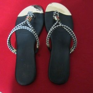 Massimo Black & White Thong Tan Sandals Size 8